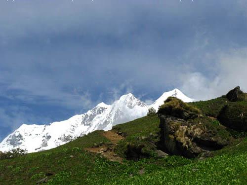Himalayan Hideouts - Naukuchiatal, Uttarakhand